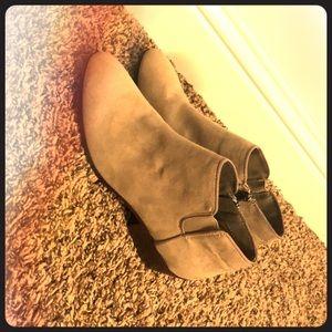 Circus heel boots by sam edelman!!!